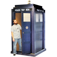 Doctor Who Lifesize Deluxe TARDIS Stand-up